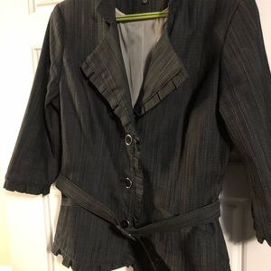 Le chateau fitted jacket